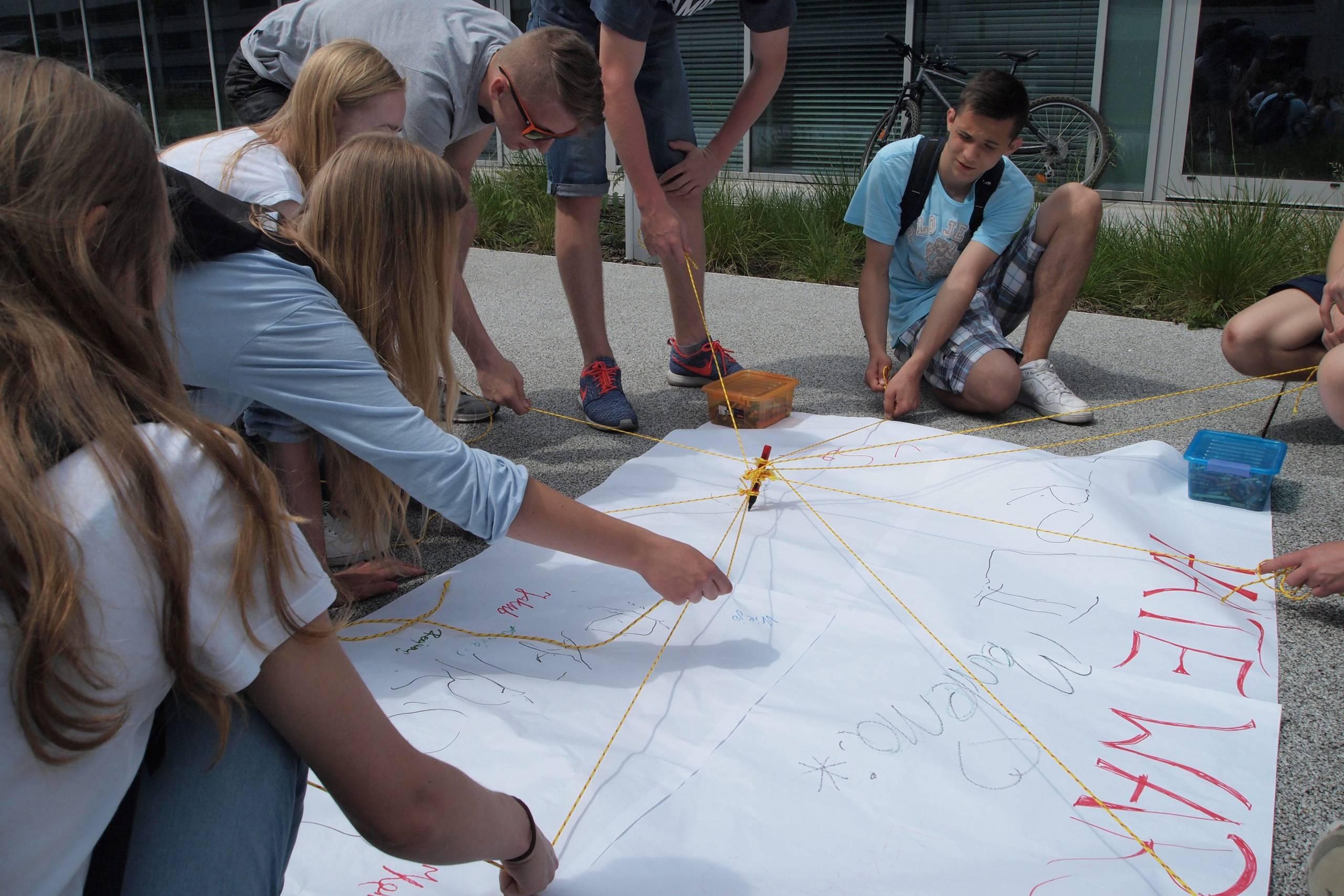 Gry terenowe - kreatywne wyzwanie młodzieży