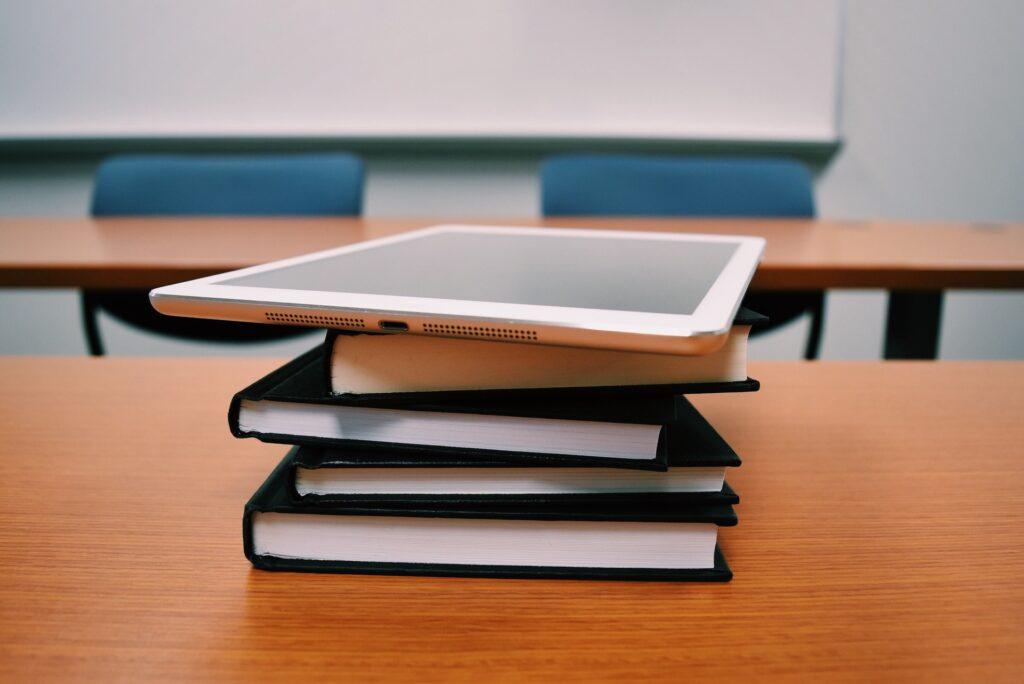 Szkoła rekomendacje zakupy sprzęt oprogramowanie